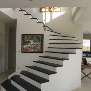 Escalier avec marches granite