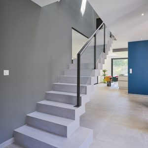 Marches d'escalier en béton ciré