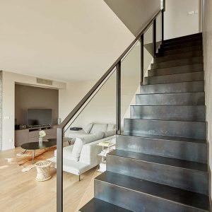 marche d'escalier tout métal